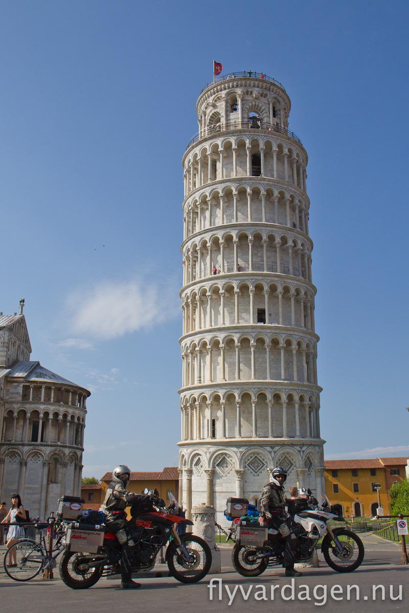 Lutande tornet i Pisa