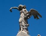Staty på krypta