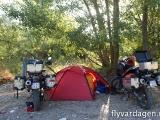 Fri-camping i en uttorkad flodådra någonstans i södra Italien.